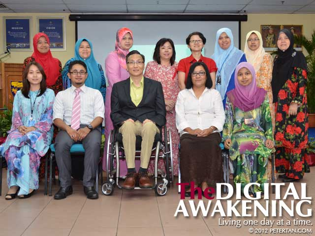 Group photo of UM DLO after DET workshop
